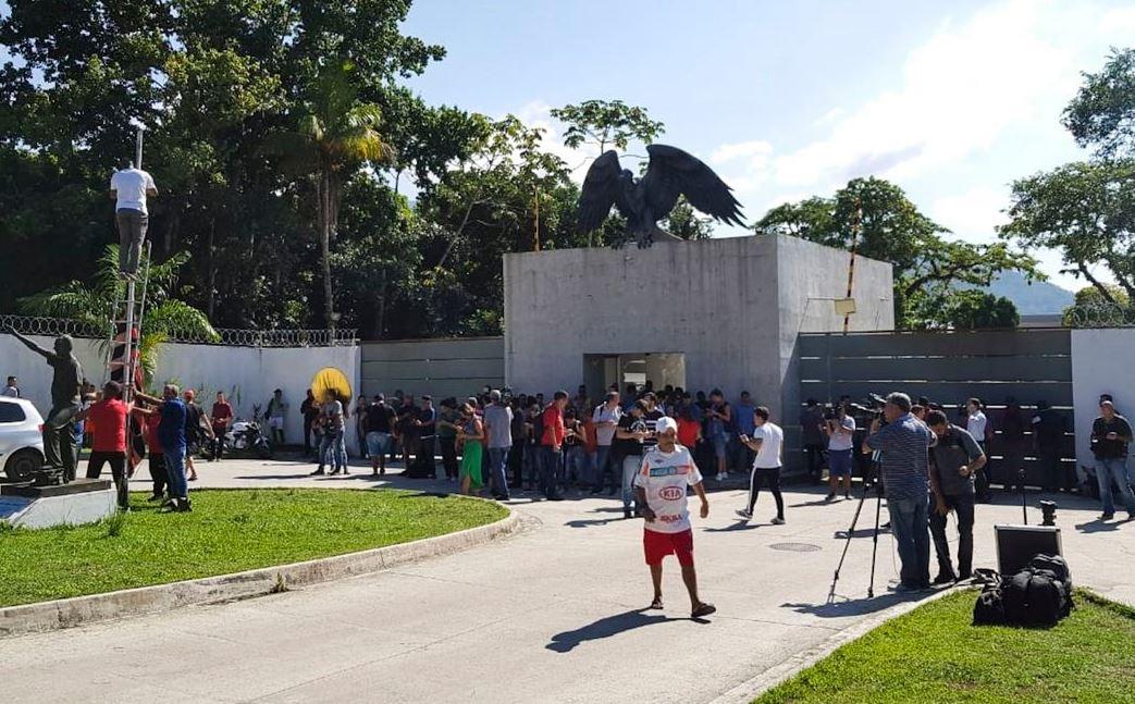 Alojamento no CT do Flamengo não constava na licença, diz prefeitura