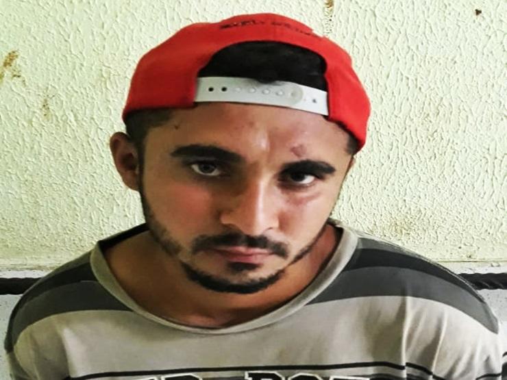 Polícia flagra homem com moto roubada e o prende por receptação