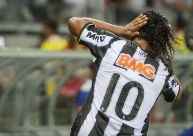 Ronaldinho Gaúcho volta ao Mineirão para entrar no hall da fama