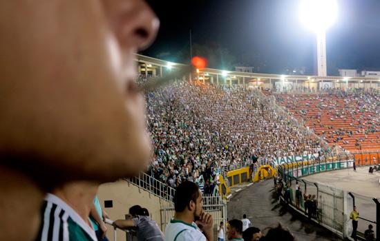 Comissão do Senado aprova proibição de fumo em estádios do Brasil