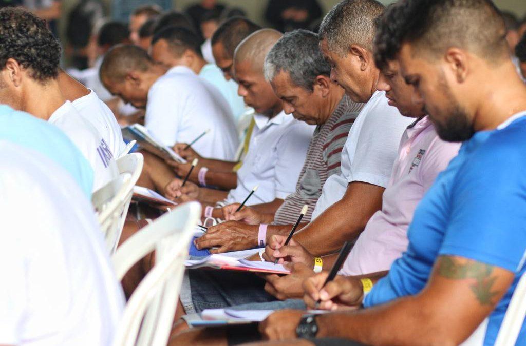 Piauí aumenta número de detentos inscritos no Enem