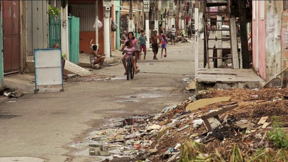 Percentual de pobres no PI cai 44,6% para 41,9% em 1 ano