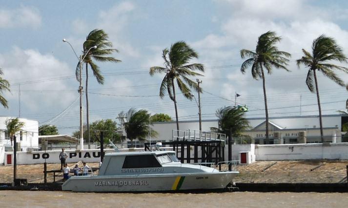 Marinha emite aviso de mau tempo no litoral do Piauí até sexta-feira