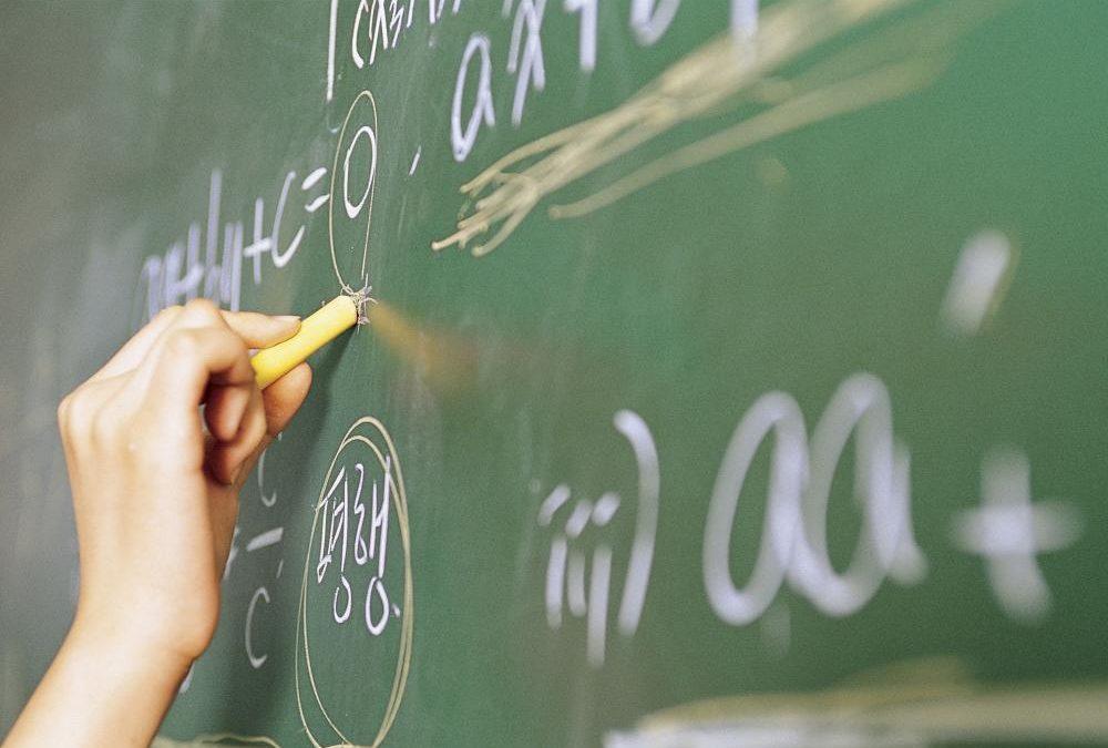 Governo do Piauí estabelecerá valor de R$ 3.167 como piso dos professores