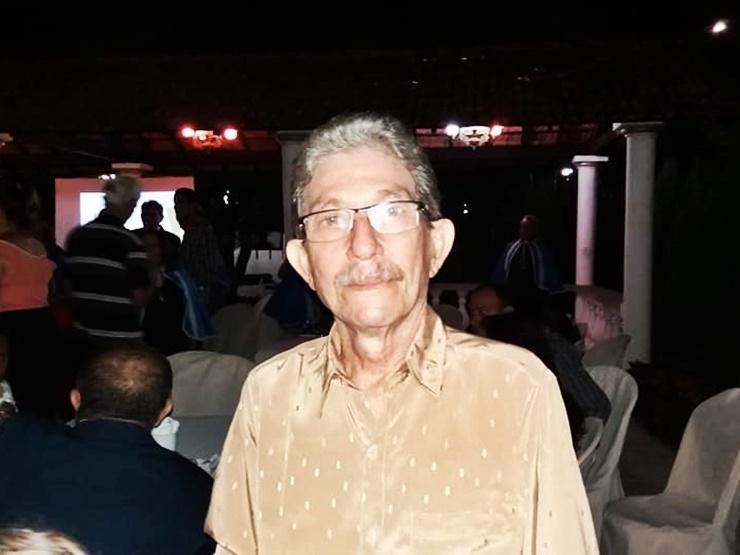 Morre o escritor e jornalista parnaibano Mário Pires Santana aos 74 anos