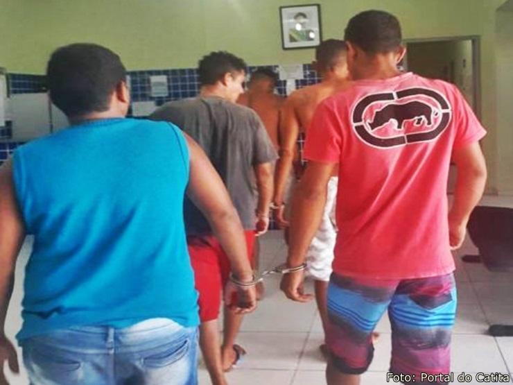 Polícia Civil de Parnaíba prende homens acusados de homicídio e latrocínio