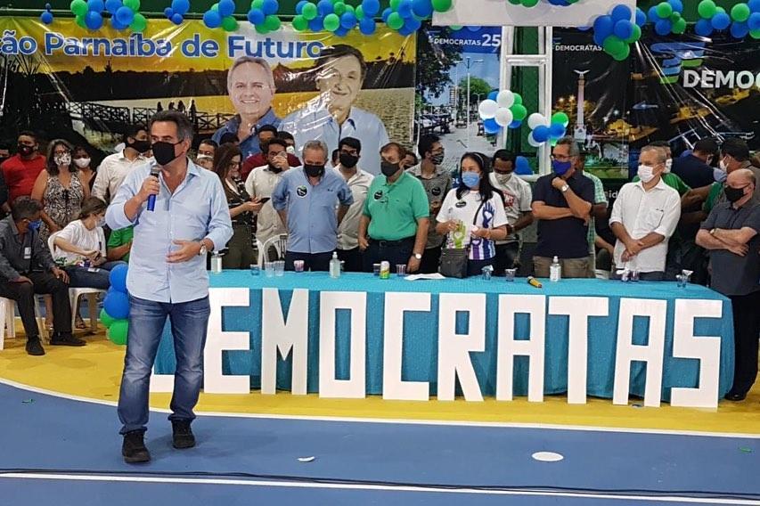 Democratas homologa candidatura de Mão Santa à Prefeitura de Parnaíba