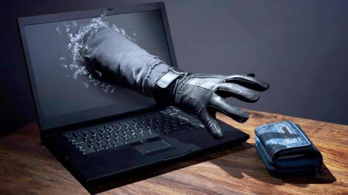 Novo golpe virtual usa nomes de profissionais da saúde e jornalistas, alerta delegado