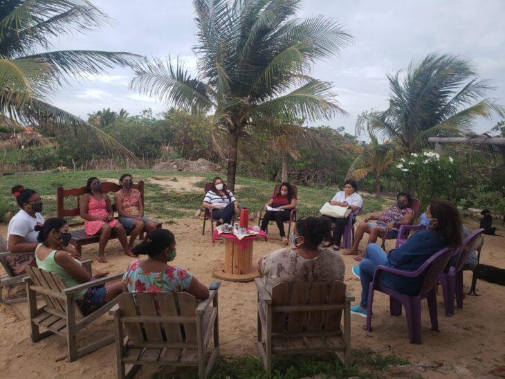 Coordenadoria da Mulher realiza busca ativa para apoio a marisqueiras, artesãs e pescadoras