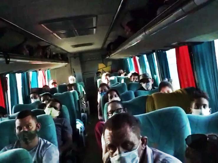 Demanda por ônibus clandestinos cresce e oferece riscos aos passageiros
