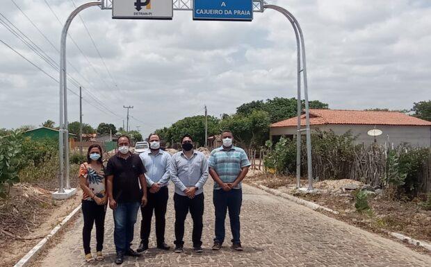 Detran investe em sinalização e melhorias no trânsito de Cajueiro da Praia